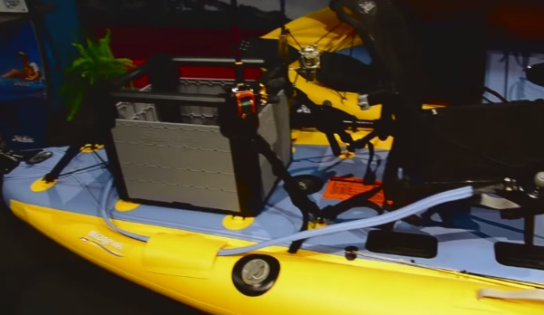 Hobie i11s H-Crate and stern