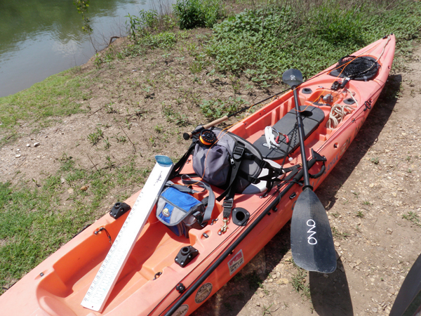 Kayak fly fishing setup