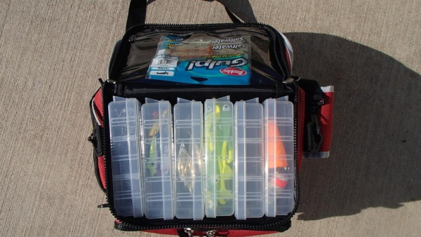 organize inside of Flambeau AZ6 tacklebag