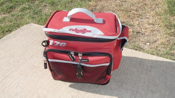 organize tackle bag
