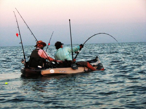 tarpon_kayak_fishing_fight