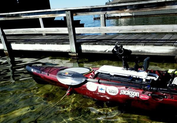 Aqua Bound Manta Ray Carbon Kayak Fishing Paddle Review