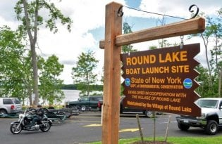 Round Lake kayak and boat launch New York
