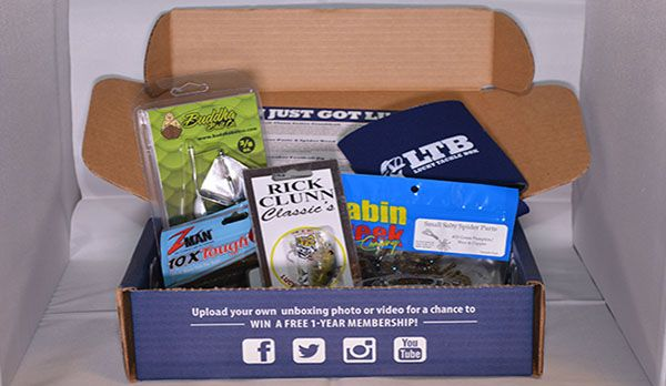 Unboxing Lucky Tackle Box - December 2015